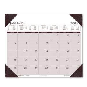 "House of Doolittle Executive Desk Pad Calendar - 24"" x 19"""